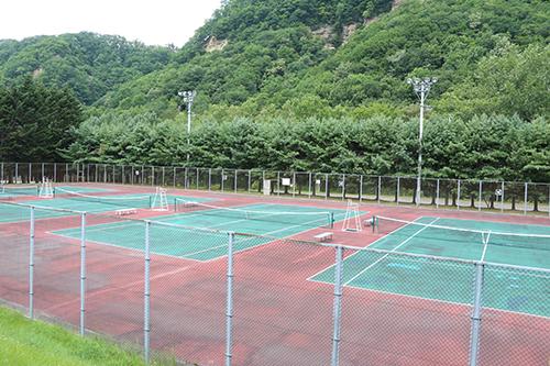 太陽の丘テニスコート /静山テニスコート | 体育施設 | 公共施設案内 ...